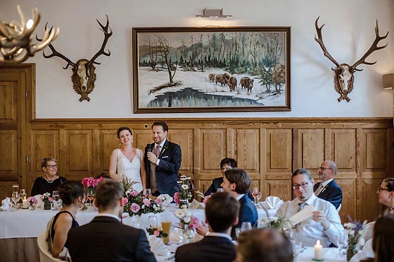 Hochzeit im Weidendom in Schlepzig und Hochzeitsfeier im Spreewaldresort Seinerzeit im Spreewald Hochzeitsfotograf © www.henninghattendorf.de