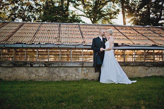 Hochzeit im Schloss Herzfelde Hochzeitsfotograf © www.henninghattendorf.de