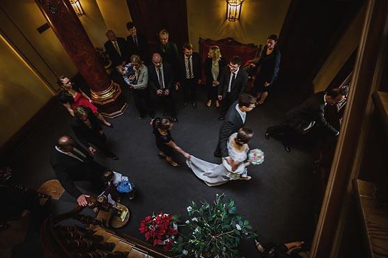 Hochzeit im Standesamt Villa Kogge und Hochzeitsportraits im Schlosspark Charlottenburg in Berlin Hochzeitsfotograf © www.henninghattendorf.de
