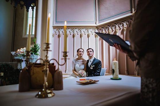 Hochzeit im Schloss Kroechlendorff Hochzeitsfotograf © www.henninghattendorf.de