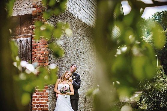 Hochzeit im Schloss Wulkow Hochzeitsfotograf © www.henninghattendorf.de