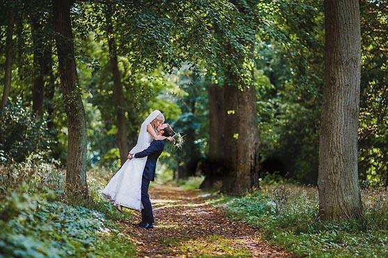 Hochzeit im Jagdschloss Kotelow Hochzeitsfotograf © www.henninghattendorf.de
