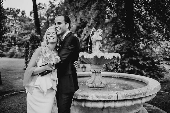Hochzeit im Standesamt Hotel Adlon und im Schlosshotel im Grunewald in Berlin Hochzeitsfotograf © www.henninghattendorf.de