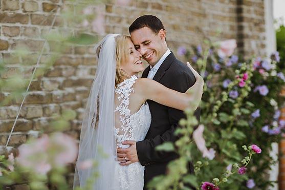Hochzeit im Standesamt Schwielowsee und Hochzeitsfeier im Resort Schwielowsee Hochzeitsfotograf © www.henninghattendorf.de