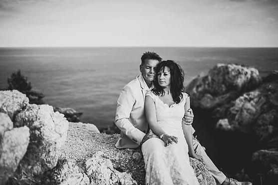 Hochzeitsportraits in der Cala Ratjada und die Hochzeitsfeier im Port Ver Del Mar auf Mallorca Hochzeitsfotograf © www.henninghattendorf.de