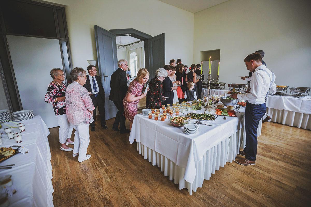 Heidrichs Catering Hochzeitsfotograf Schloss Kroechlendorff